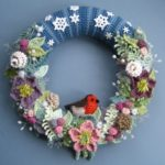 Crochet Beautiful Winter Wreath