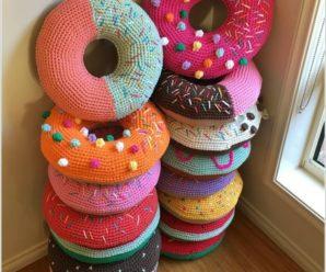 Crochet Sweet Donut Pillow