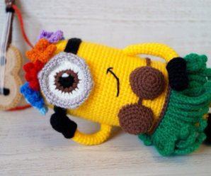 Crochet Hawaiian Minion