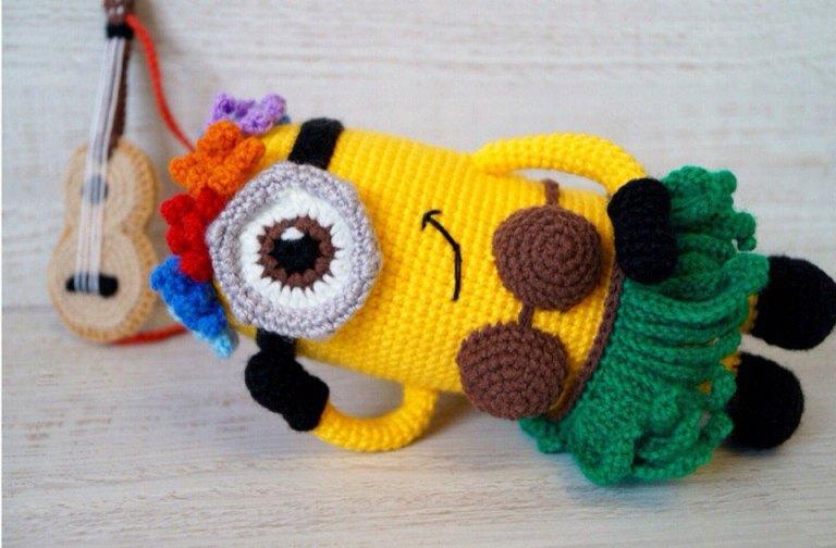 Dave the Minion Crochet Pattern - Pops de Milk | 504x768