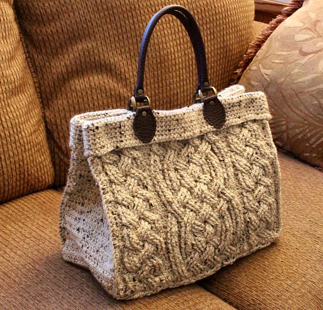 Crochet Cable Purse - Pretty Ideas