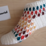 Crochet Honeycomb Patterned Slippers