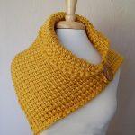 Crochet Leaf Neck Warmer